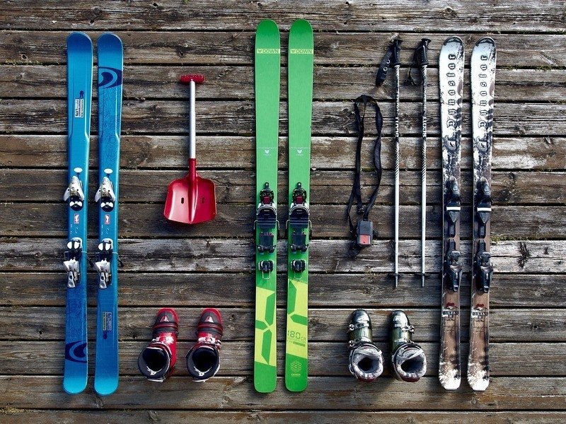 can you bring sports equipment on a plane - skis