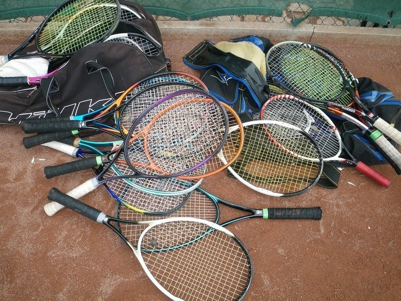 can you bring sports equipment on a plane - tennis rackets