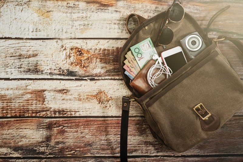 how to maximize a long layover - currency