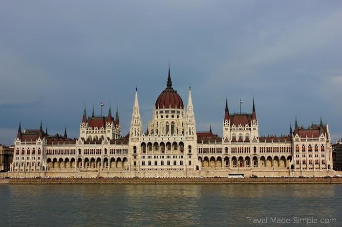city breaks wallpaper - Parliament Building, Budapest