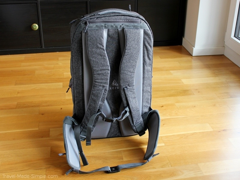 Arcido backpack review Akra straps